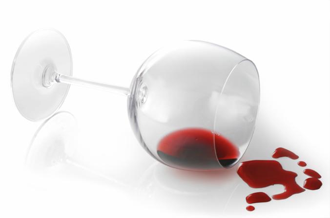 700 Wine spill.fw